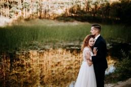 Leśny plener ślubny w Opolskim