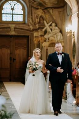 Ola i Mateusz - ślub w Głogówku - plener na Biskupiej Kopie - Restauracja Lerch 77