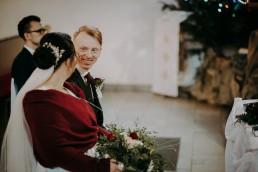 ślub  uroczej pary młodej w tułowicach