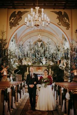 Zimowe dekoracje kościoła