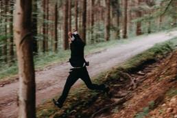 Pan Młody w lesie