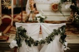 rustykalne dekoracje ślubne w kościele