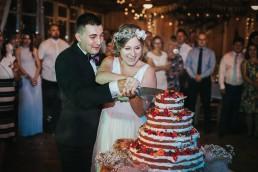 rustykalny tort ślubny