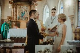 ślub w kościele w trzebnicy