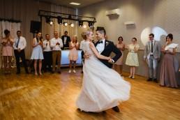 Joasia i Tomek - Czarujący ślub i wesele DIY w Trzebnicy pod Wrocławiem 42