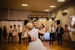 Joasia i Tomek - Czarujący ślub i wesele DIY w Trzebnicy pod Wrocławiem 43