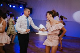 Joasia i Tomek - Czarujący ślub i wesele DIY w Trzebnicy pod Wrocławiem 51