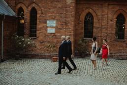 Joasia i Tomek - Czarujący ślub i wesele DIY w Trzebnicy pod Wrocławiem 15