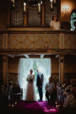 Joasia i Tomek - Czarujący ślub i wesele DIY w Trzebnicy pod Wrocławiem 18