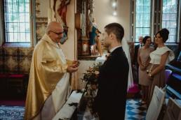 Joasia i Tomek - Czarujący ślub i wesele DIY w Trzebnicy pod Wrocławiem 21