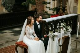 Ania i Łukasz - ślub w katedrze w Nysie, wesele w Karolówce 44