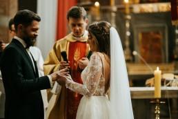 Ania i Łukasz - ślub w katedrze w Nysie, wesele w Karolówce 59