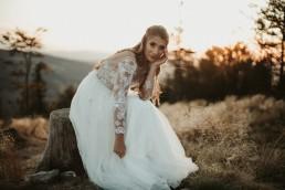 Ania i Łukasz - górski jesienny plener przy zachodzącym słońcu 14