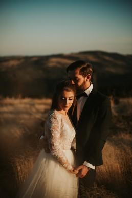 Ania i Łukasz - górski jesienny plener przy zachodzącym słońcu 4