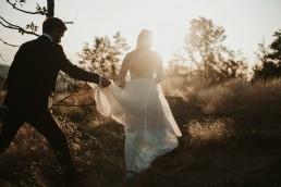 Ania i Łukasz - górski jesienny plener przy zachodzącym słońcu 5