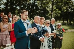 Ślub plenerowy i przyjęcie w Zamku Topacz pod Wrocławiem - Plener ślubny w winnicy - Fotografia ślubna 14