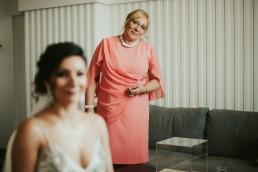jak ubrać mamę w dniu ślubu