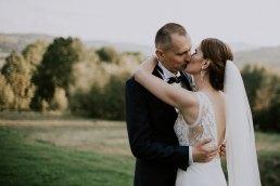 Fotograf Głuchołazy - Ślub w Podlesiu - Ślubny plener we mgle 25