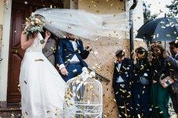 12 ślubnych inspiracji na olśniewające wyjście z kościoła